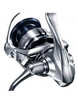 Shimano Stradic C3000FL rybársky prívlačový navijak